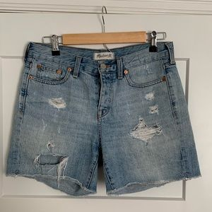 Madewell Distressed Denim Shorts - Size 26